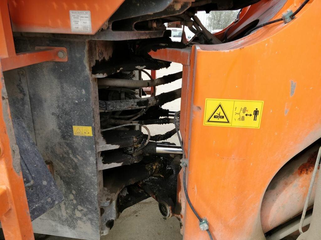Chargeur sur pneus DOOSAN (DAEWOO) DL420 DOOSAN (DAEWOO) DL420 d'occasion pour TP