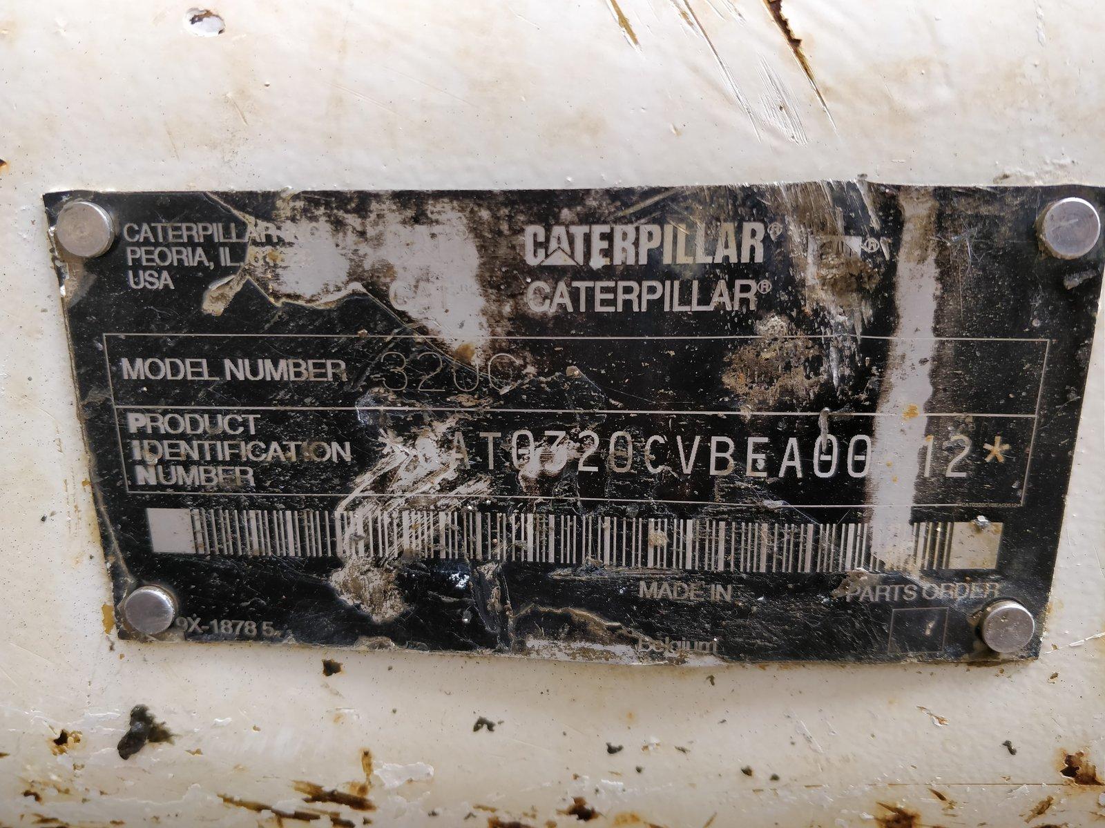 Pelle sur chenilles CATERPILLAR 320 C - Codimatra<br />
