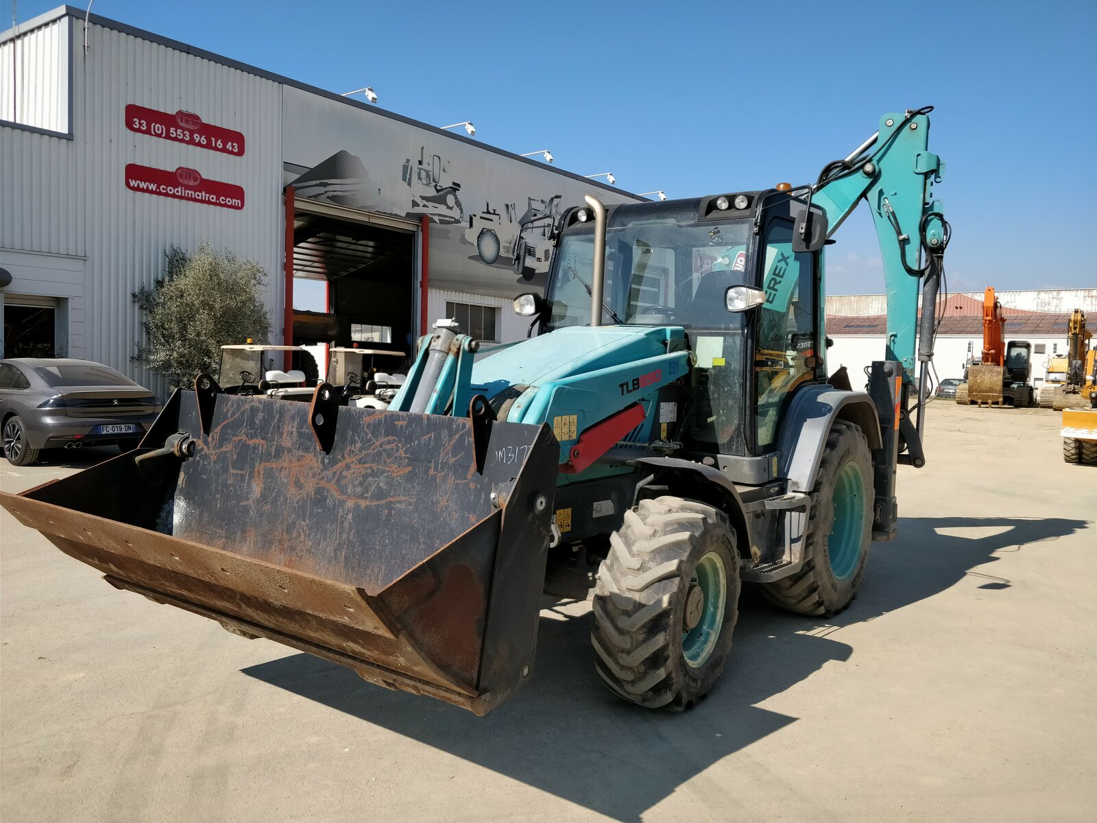 Tractopelle TEREX TLB890