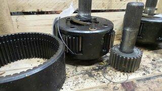 Réducteur de roue pour OK F106A