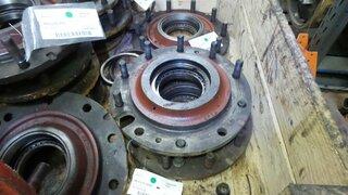 Moyeu de roue pour LIEBHERR A902LI