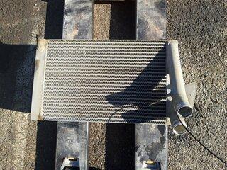Radiateur eau pour LIEBHERR R317