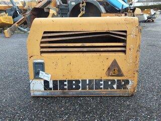 Porte de compartiment pour LIEBHERR A904