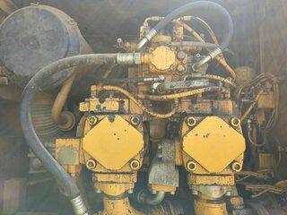 Réservoir hydraulique pour LIEBHERR R954B