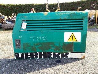 Porte de compartiment pour LIEBHERR R932HDSL