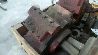 Pompe hydraulique principale pour POCLAIN 300