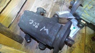 Pompe hydraulique principale pour CASE W20C