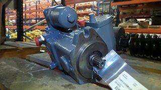 Pompe hydraulique de rotation pour LIEBHERR R944B