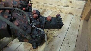 Pompe hydraulique de rotation pour OK MHCITY