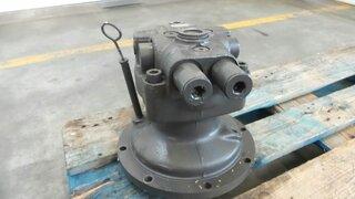 Moteur hydraulique de rotation pour CASE CX130