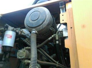 Support de filtre à air pour LIEBHERR A914