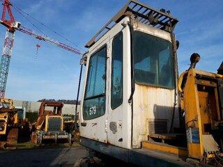 Structure cabine pour LIEBHERR A902LI