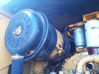 Support de filtre à air pour LIEBHERR A902LI