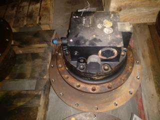 Motoréducteur de translation pour CATERPILLAR 318C