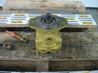 Moteur hydraulique d'avancement pour DYNAPAC CC222