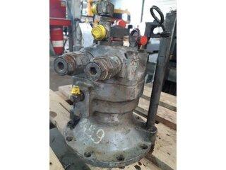 Moteur hydraulique de rotation pour NEW HOLLAND E145