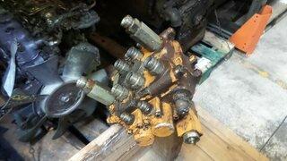 Distributeur hydraulique pour CASE 1088