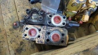 Distributeur hydraulique pour CASE 1288