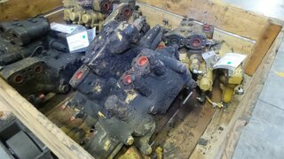 Distributeur hydraulique pour CATERPILLAR 963