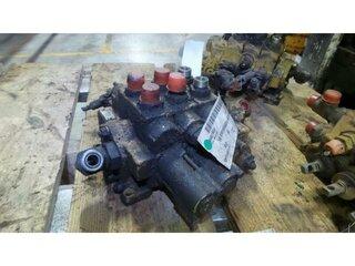 Distributeur hydraulique pour CATERPILLAR 428B