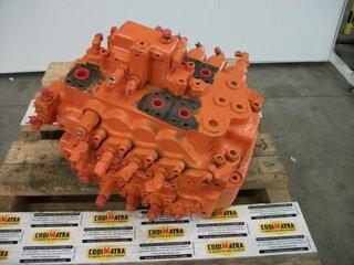Distributeur hydraulique pour DOOSAN - DAEWOO S220LC-5